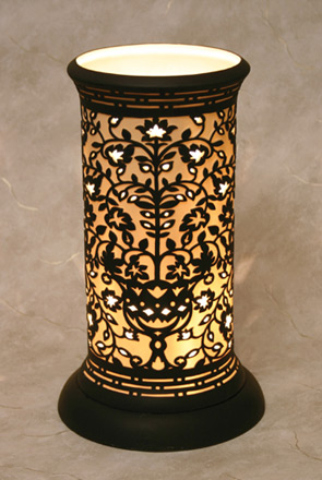 Venice Silhouette Table Lamp   An Etched Translucent Porcelain Lithophane Table  Lamp From Cottages And Gardens
